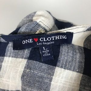 one clothing Tops - ONE CLOTHING Plaid navy blue ivory blouse top L